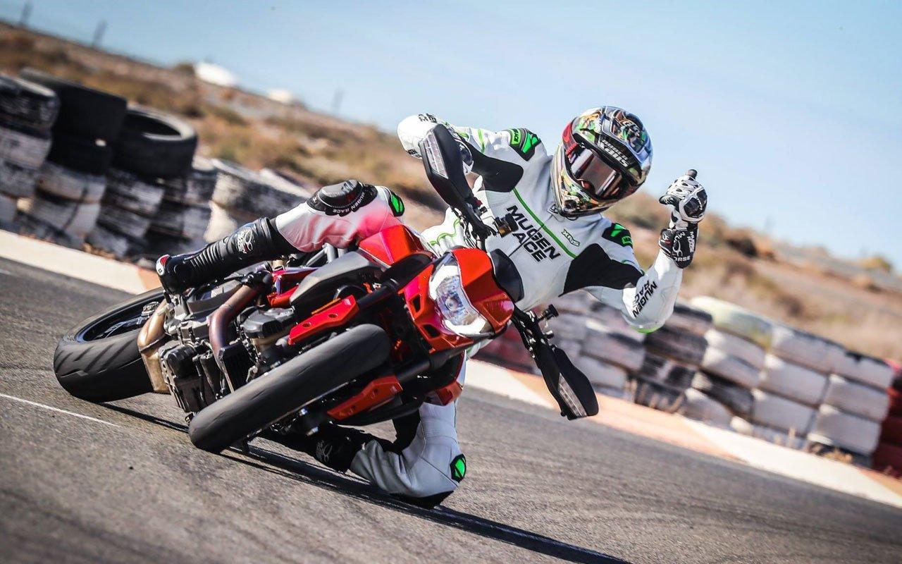 nuova Ducati Hypermotard 950