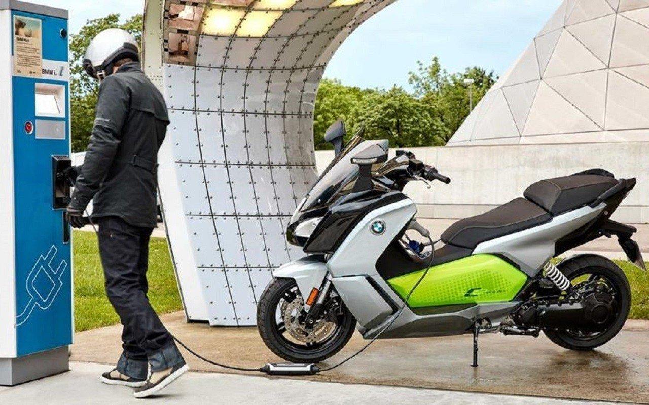 Incentivi moto e scooter elettrici